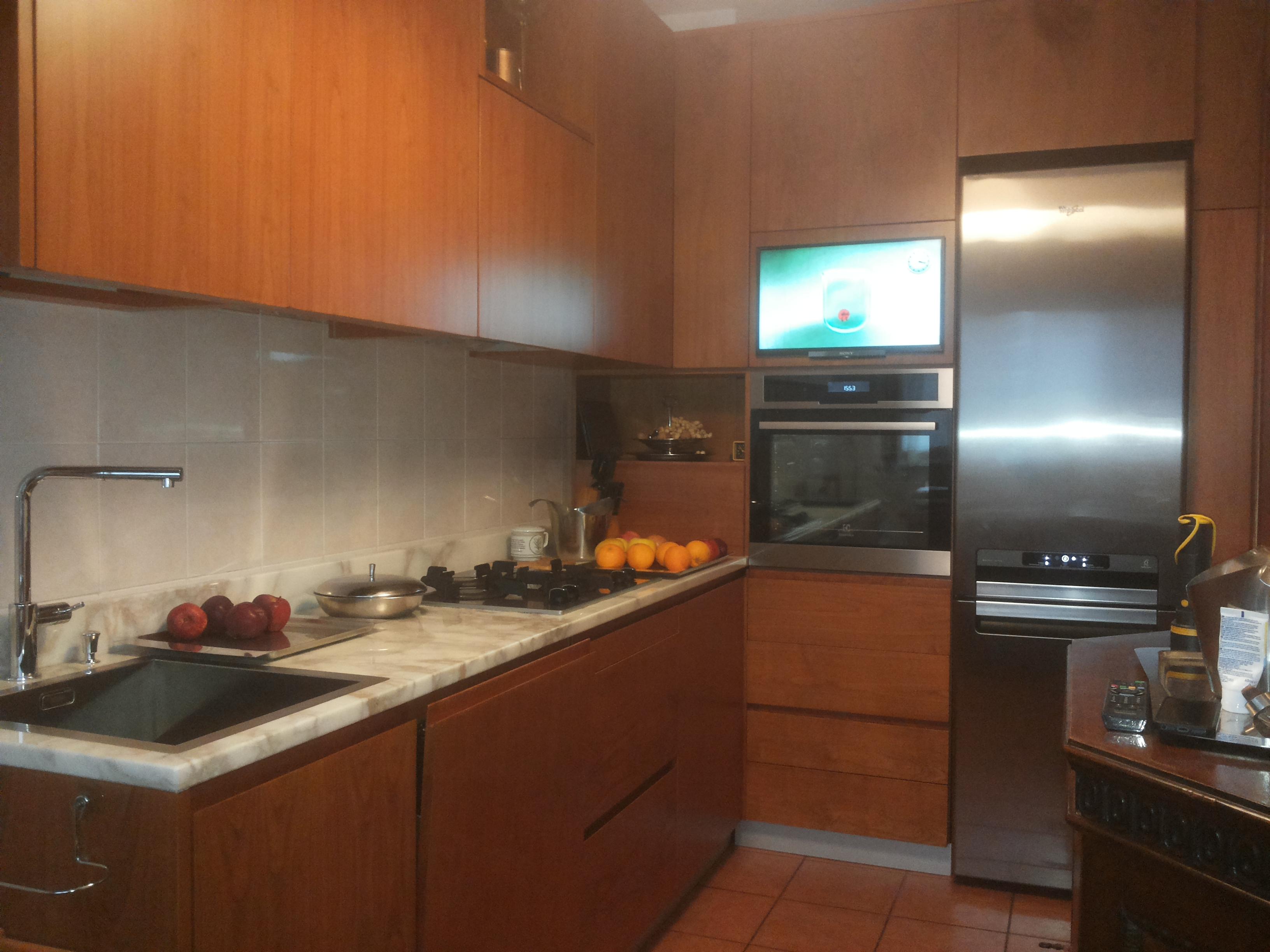 Cucina in legno ciliegio falegnameria curioni - Cucina in ciliegio ...